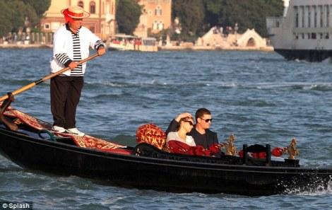 Michael Bublé & Luisana Lopilato Italian honeymoon