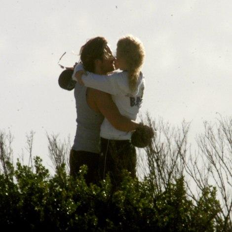 Nicole Kidman & Keith Urban on their honeymoon in Bora Bora